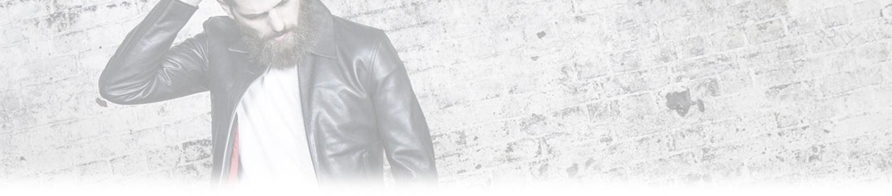 La giacca di pelle è un punto di forza nell'abbigliamento dell'uomo