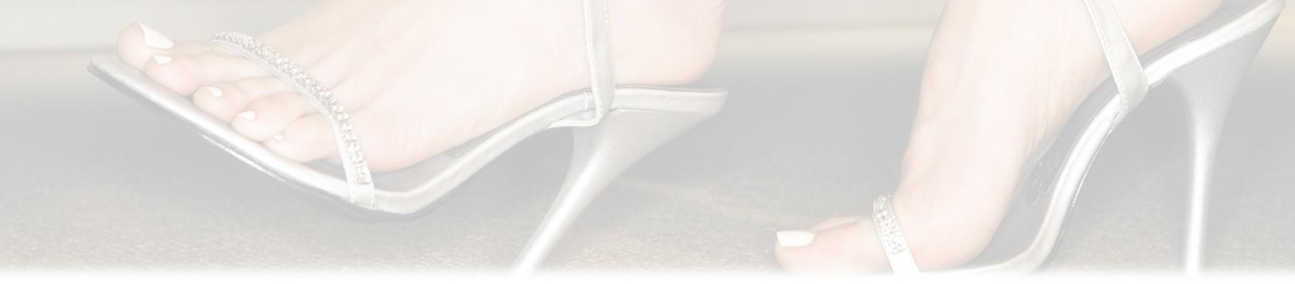 I sandali da donna sono il toccasana per le temperature in estate
