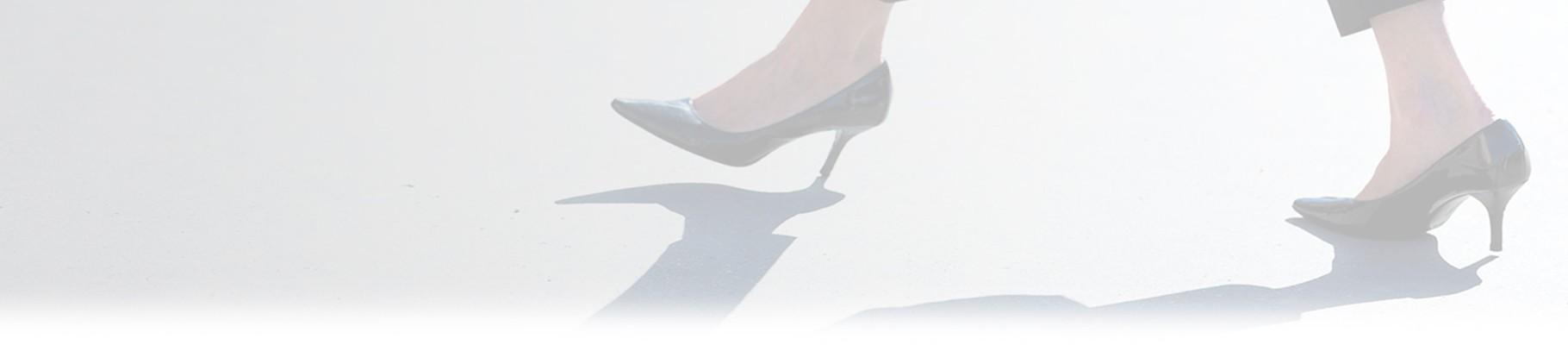 Solo un paio di scarpe con i tacchi donano sicurezza e femminilità