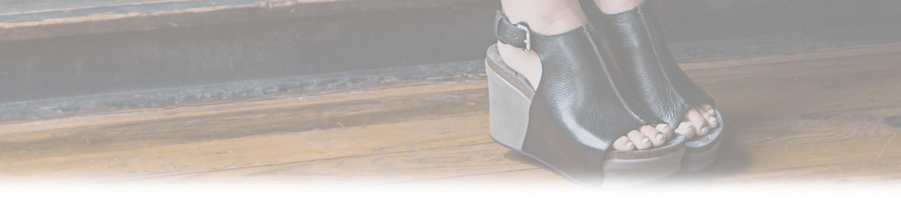 Le zeppe ti permettono di affrontare gli impegni quotidiani glamour